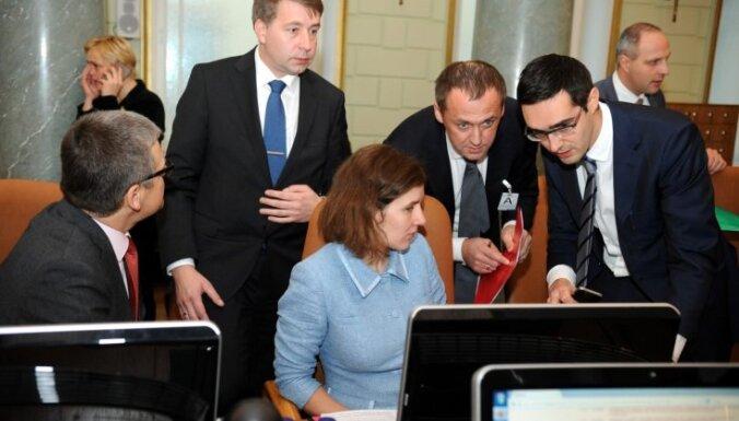 На учениях НАТО министров Латвии научат, что делать самим в случае нападения на страну
