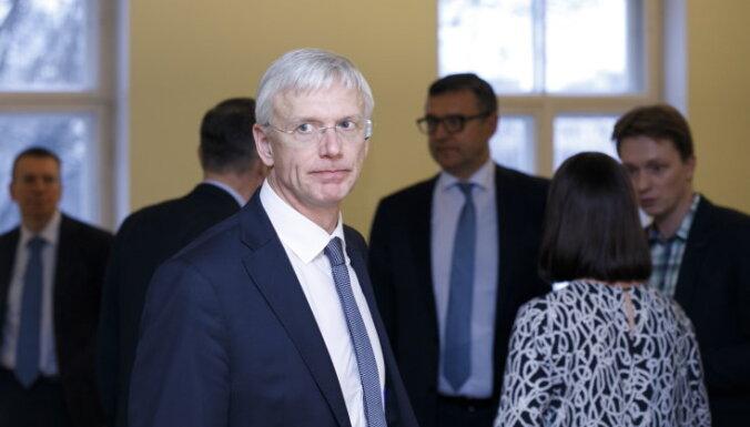 Премьер: правительство не рекомендует Сейму отменять КОЗ с 31 марта