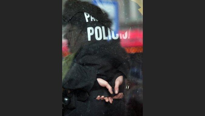 Laikraksts: plāno pārdot policijas ēku Rīgas centrā