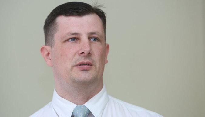 Politiķi mudina uz KNAB priekšnieka krēslu pieteikties LJA vadītāju Bunku