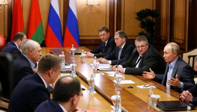 Lukašenko un Putins pārrunājuši postpadomju valstu pašreizējo politiku