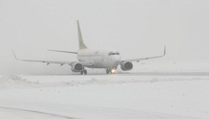 Транспортный коллапс в Европе: виноваты снег и экономия (видео)
