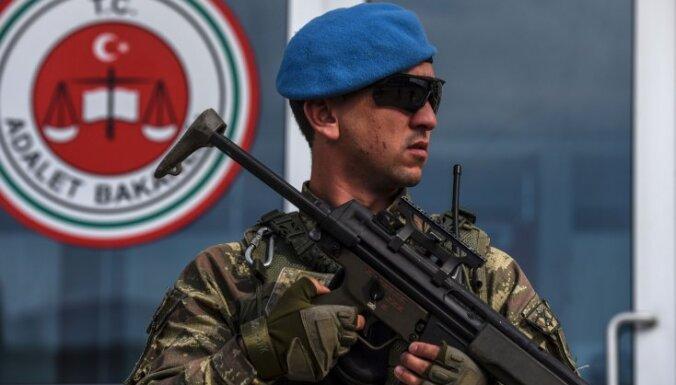 Turcijas specdienesti dažādās valstīs nolaupījuši jau 80 'pučistus'