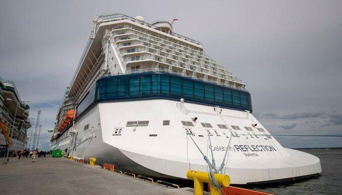 ФОТО: Не судно, а целый город: в Таллин прибыл роскошный круизный лайнер и вот что у него внутри