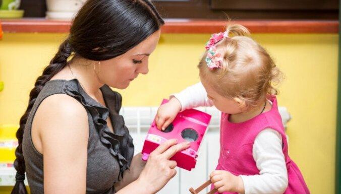 Noteikumi mammām, kuras atbalsta Montesori pedagoģiju