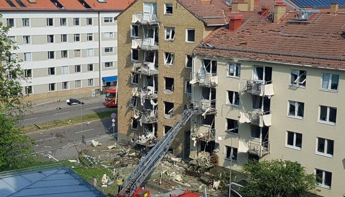 Eksplozijā divās daudzdzīvokļu mājās Zviedrijā cietuši 25 cilvēki