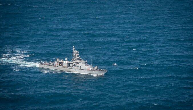 ASV Jūras spēki brīdina Persijas līcī netuvoties to kuģiem
