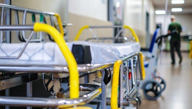 """87% """"ковидных"""" пациентов, госпитализированных на прошлой неделе, не были вакцинированы"""