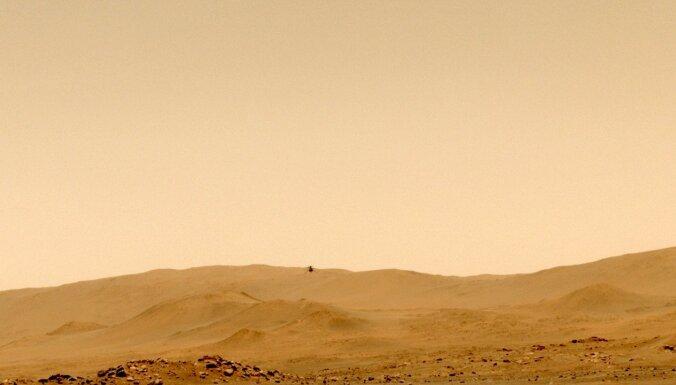 NASA drons uz Marsa pārbauda spēju robežas un izglābjas no avārijas