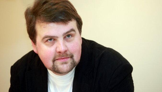 Ivars Ījabs, 'Rīgas Laiks': Ar varu atņemtā nauda