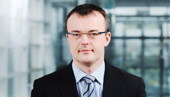"""Эксперт: в латвийской экономике началась """"формальная"""" рецессия"""