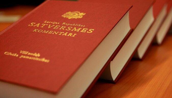 Mudina diskusijās par Satversmes preambulu nepieļaut sabiedrības šķelšanu