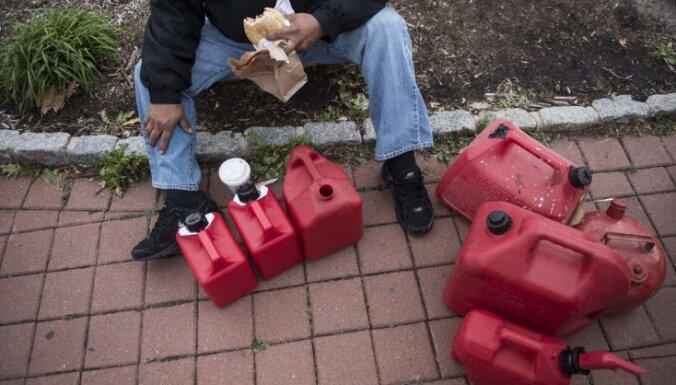 В Нью-Йорке вводится нормированная продажа бензина