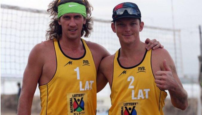 Самойлов и Шмединьш — лучшие волейболисты мира в 2013 году