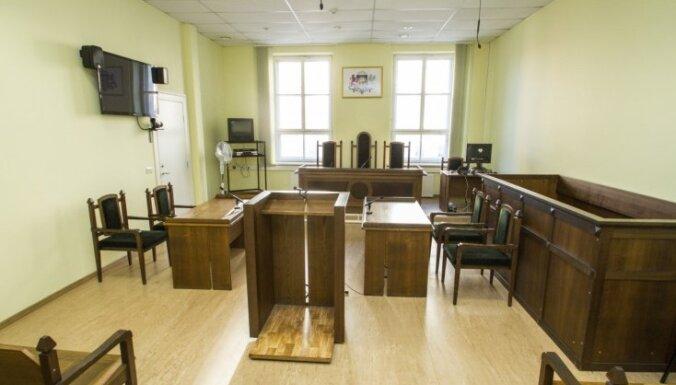 Turpinās skatīt advokātes Baltiņas slepkavības lietu