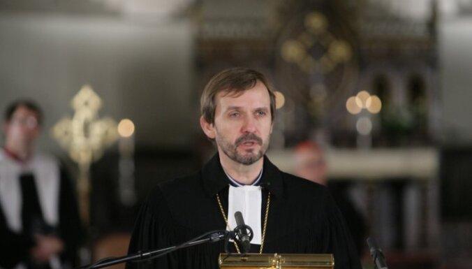 Arhibīskaps Vanags atgriezies darbā