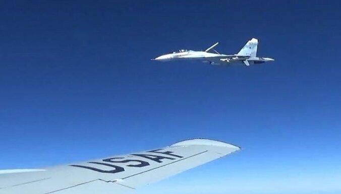 США заявили о перехвате своего самолета-разведчика у границ России