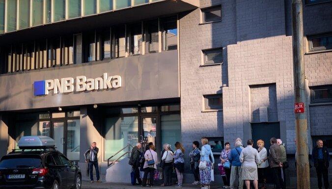 Клиенты PNB banka в первый день получили назад 32 млн евро