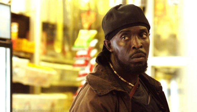 Kulta seriāla 'The Wire' aktieris miris atrasts savā dzīvoklī