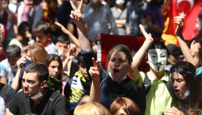 Евросоюз может отменить визы для турок
