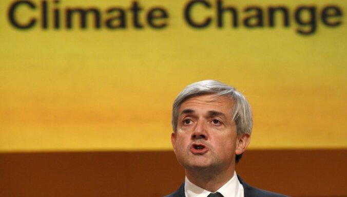 Ātruma pārsniegšanas dēļ no amata atkāpies Lielbritānijas enerģētikas un klimata izmaiņu ministrs