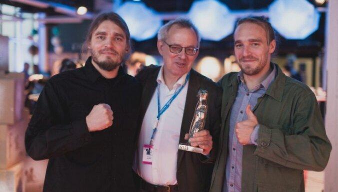 Tamperes filmu festivālā uzvarējusī latviešu filma 'Kastrāts Kuilis' uzsāk ceļu uz 'Oskara' balvu