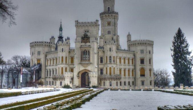Skaistās Čehijas pilis, kuras apskatāmas arī ziemā