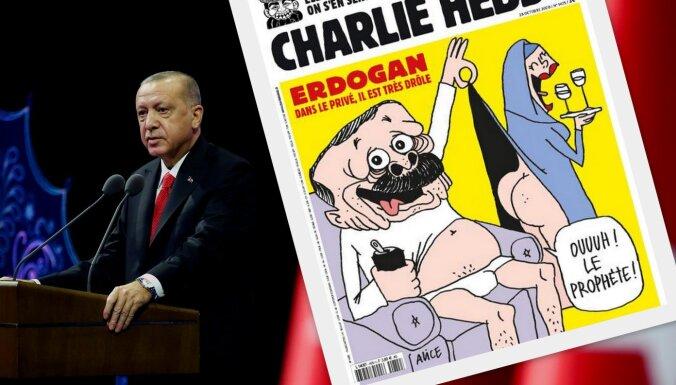 'Charlie Hebdo' pasmejas arī par Erdoganu