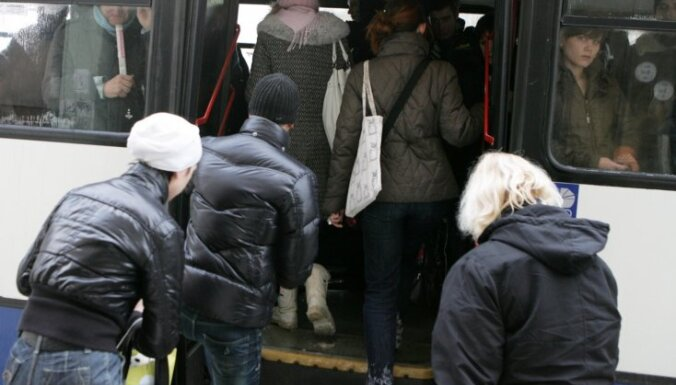 Rīgas dome atvēl 165 tūkstošus eiro pilsētnieku pārvietošanās paradumu pētīšanai