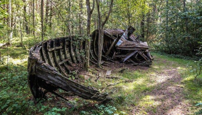 Meteorīta krāteris vai laivu kapsēta – savdabīgi tūrisma objekti Latvijā