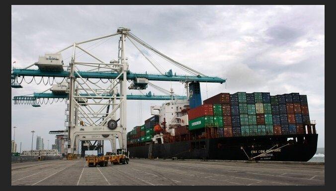 Впервые в этом году немного вырос объем импорта