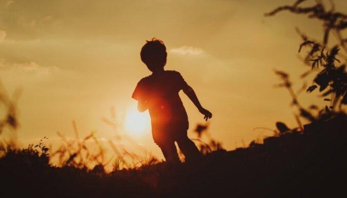 'Kliedz un bēdz': 10 bērniem potenciāli bīstamas situācijas