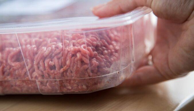 В Литве компаниям Maxima и Biovela грозят штрафы за зараженное сальмонеллой мясо