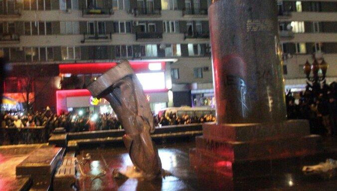 Украина: депутатам дали по 6 лет за подготовку взрыва памятника Ленину