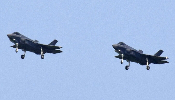 Japāna un Austrālija noslēdz vienošanos par militāru sadarbību