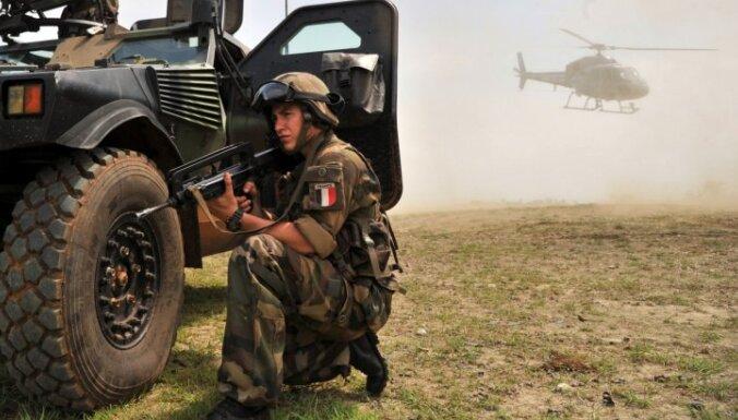 Uz Mali ziemeļiem nosūtīti 700 ES instruktoru apmācīti karavīri