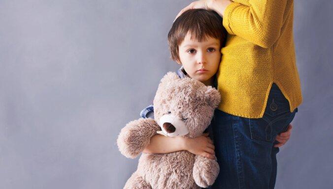 Vērā ņemamas pazīmes, kas liecina – tavs bērns atrodas stresa ietekmē