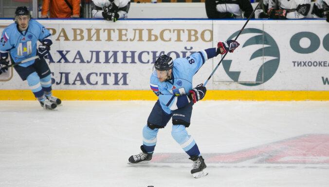 Sergejs Pechura, Sakhalin