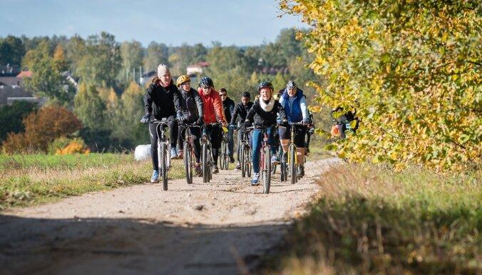Aicina uz aktīvā tūrisma noslēguma velobraucienu, apskatot Grundzāles apkārtni