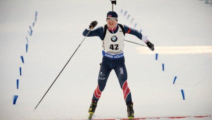 ВИДЕО: Латвийский биатлонист сенсационно взял первый подиум в карьере на этапах КМ