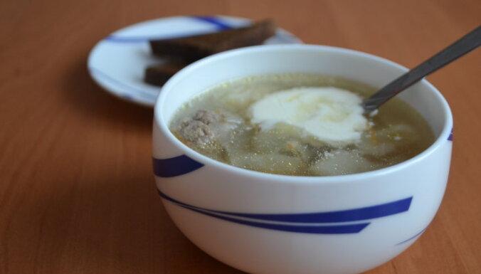 Фрикадельковый суп со свежей капустой