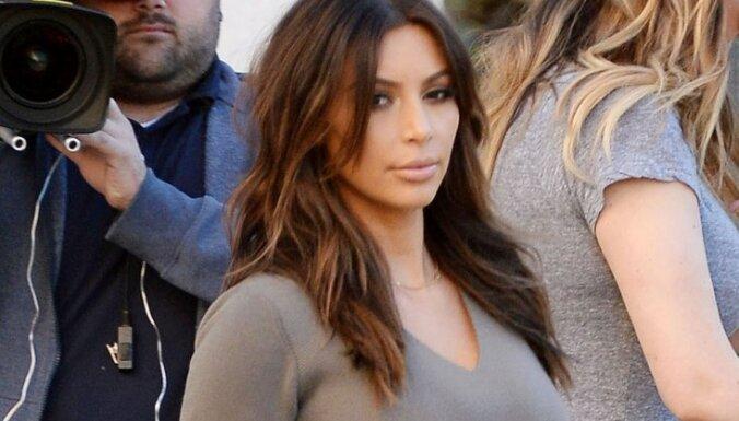 Kima Kardašjana pārdzīvo par savu jauno frizūru