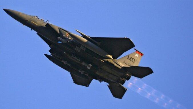 Инцидент в небе над Сирией: американский истребитель перехватил иранский пассажирский самолет