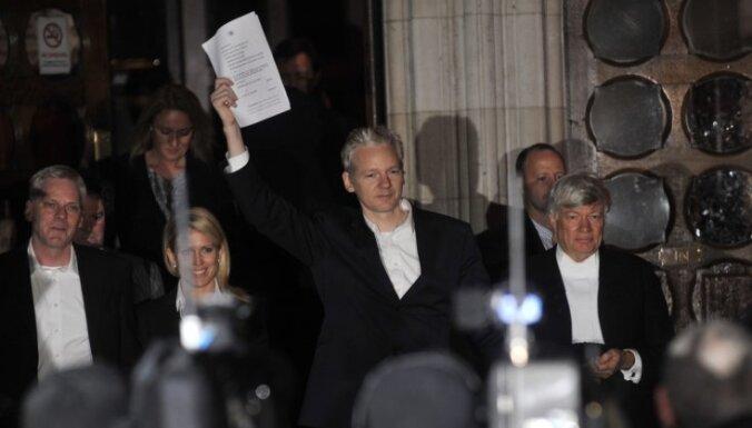 Что за суд над Ассанжем в Англии? Семь вопросов с простыми ответами