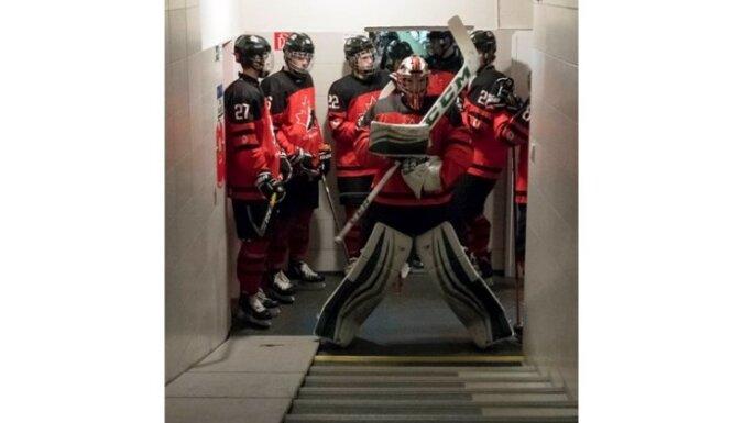 Canada U-18, IIHF