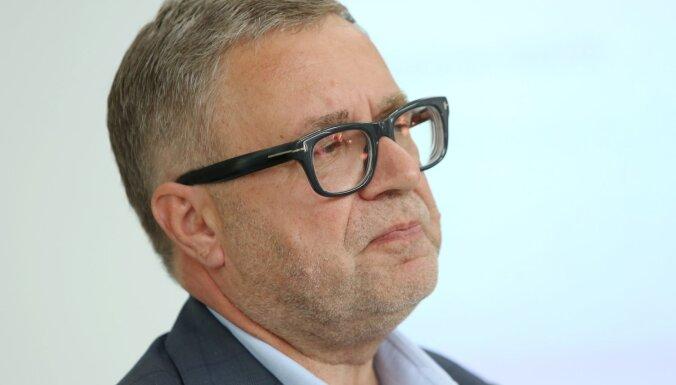 KNAB aizturējis 'Latvijas Valsts ceļu' valdes locekli Strodu