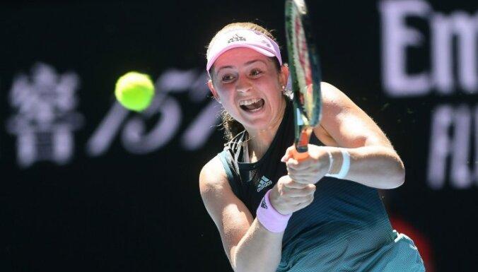 Ostapenko pirmo reizi karjerā pārvar 'Australian Open' dubultspēļu turnīra pirmo kārtu, Sevastovai zaudējums