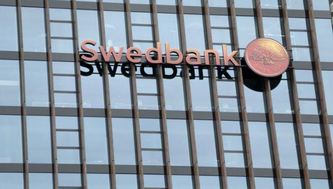 Среди латвийских банков больше всего клиентов у Swedbank, SEB banka и Citadele