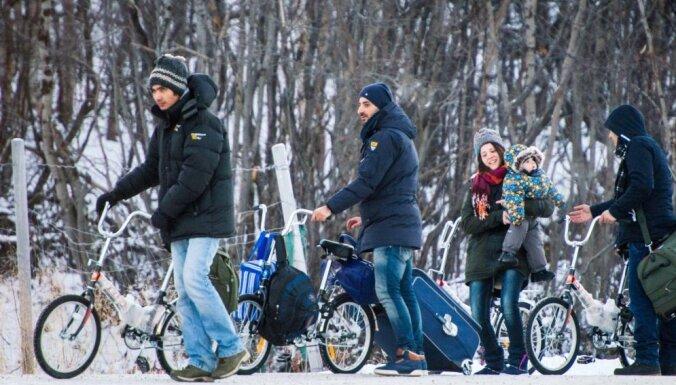 Финляндия запретила пересечение границы с Россией на велосипеде