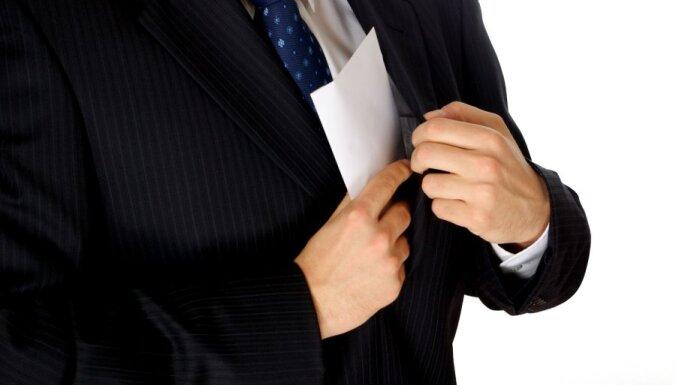 AT prakses apkopojums: Kukuļņemšanu var izdarīt tikai valsts amatpersona
